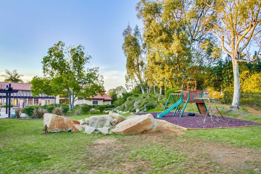 15903 Ranch Hollow Road -  Poway, CA 92064