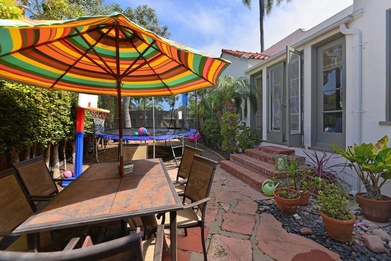 625 Bonair Street -  La Jolla, CA 92037