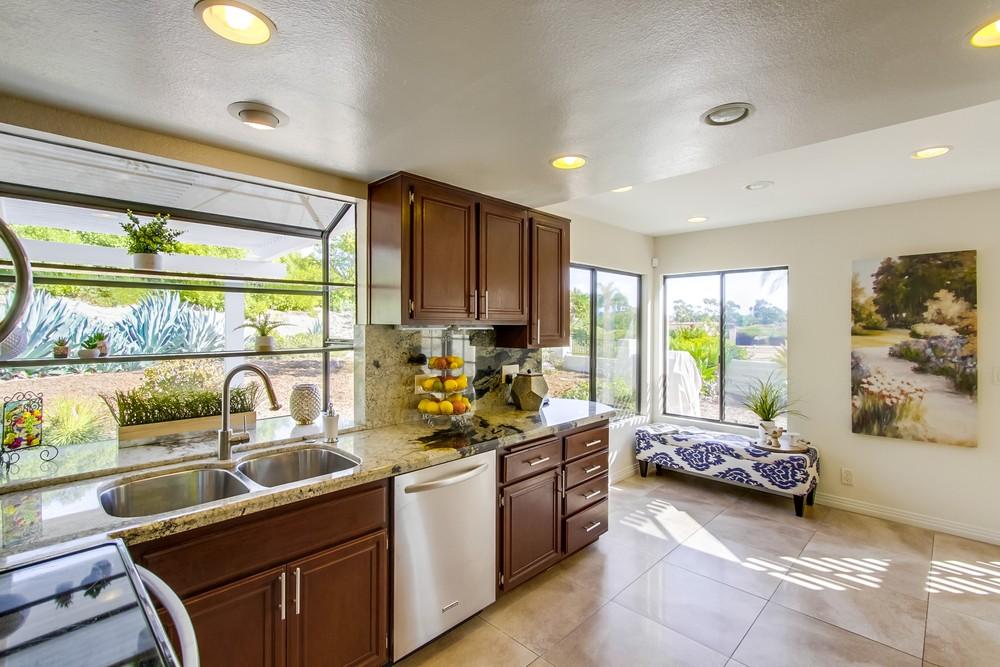 11740 Via Chona -  San Diego, CA 92128