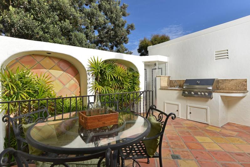 7228 Monte Vista Avenue -  La Jolla, CA 92037