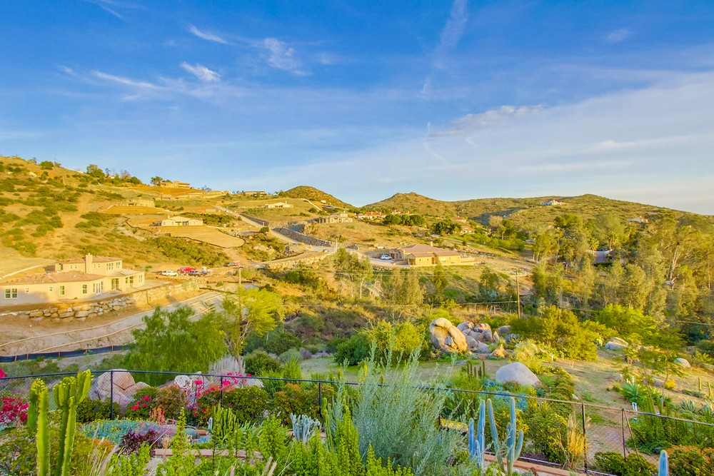 14383 High Valley Road -  Poway, CA 92064