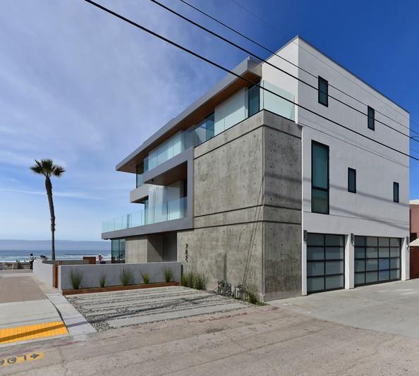 702 Jersey Court -  San Diego, CA 92109