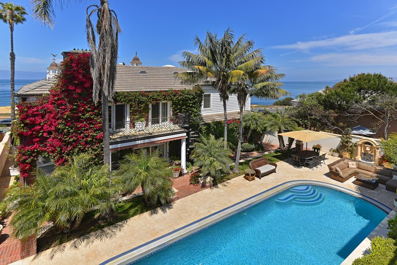951 Sunset Cliffs Blvd -  San Diego, CA 92107
