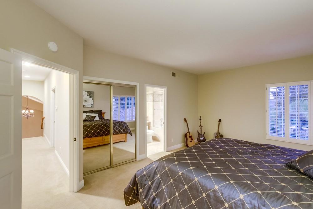 16275 Windpiper Road -  Poway, CA 92064