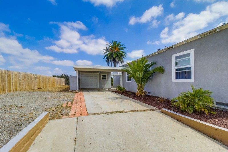 5386 Orange Avenue -  San Diego, CA 92115