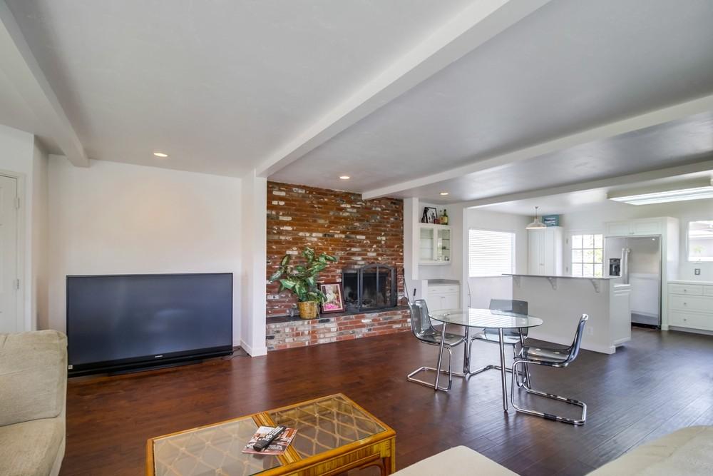 2410 Wilbur Avenue -  San Diego, CA 92109