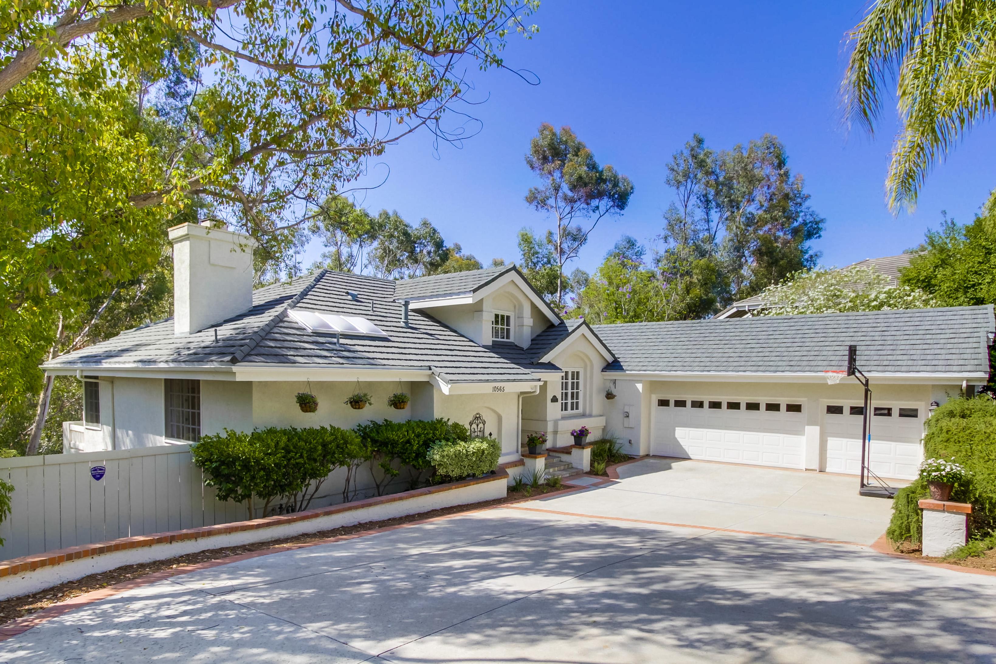 10565 Spruce Grove Avenue -  San Diego, CA 92131