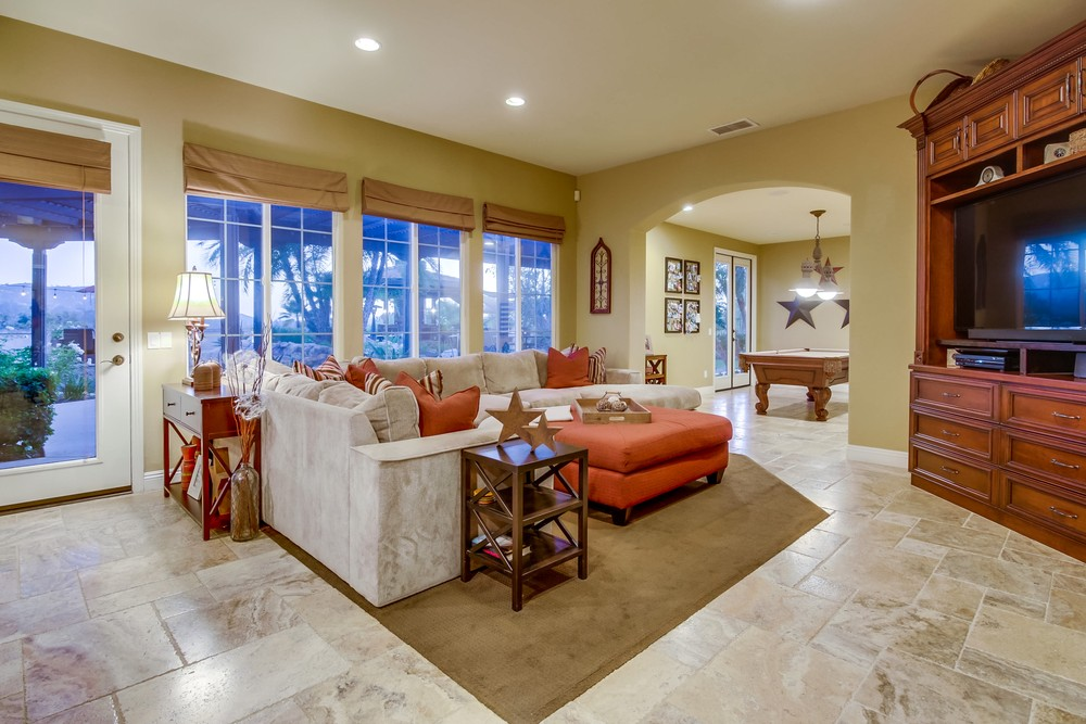 13633 White Rock Station -  Poway, CA 92064