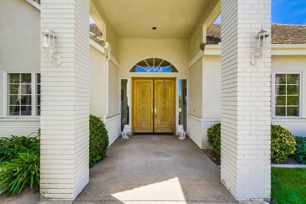 17908 Vista Lomas Drive -  Poway, CA 92064