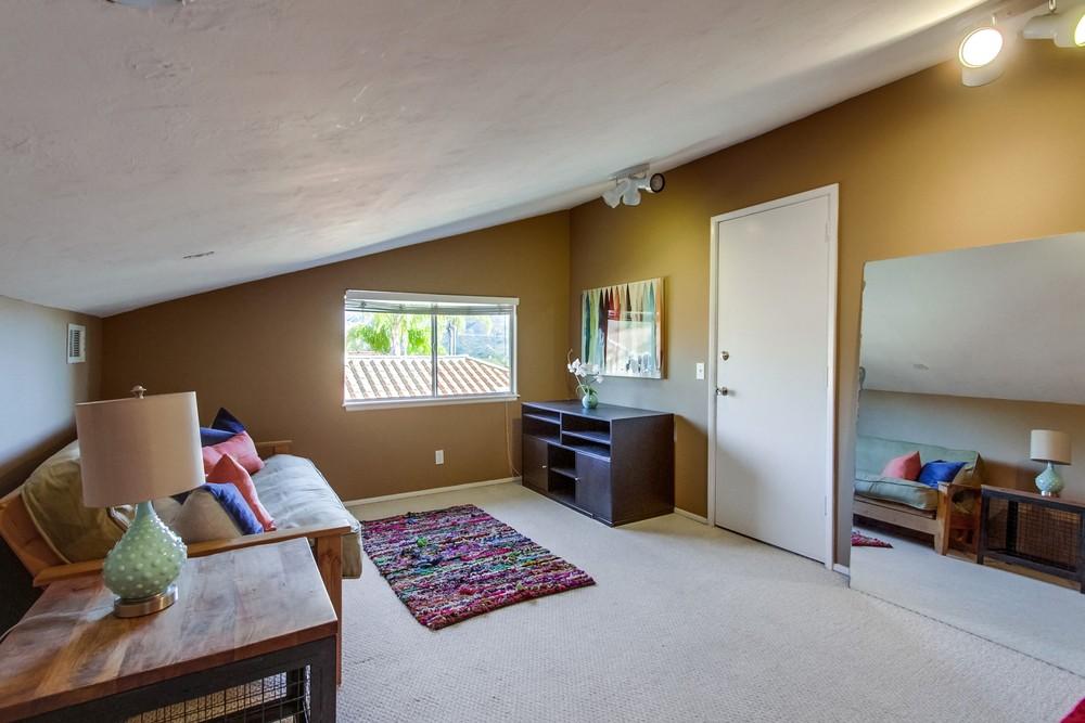 17234 Cloudcroft Poway -  Poway, CA 92064