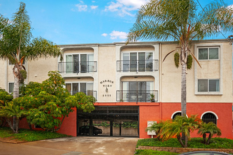2055 Front Street -  San Diego, CA 92101
