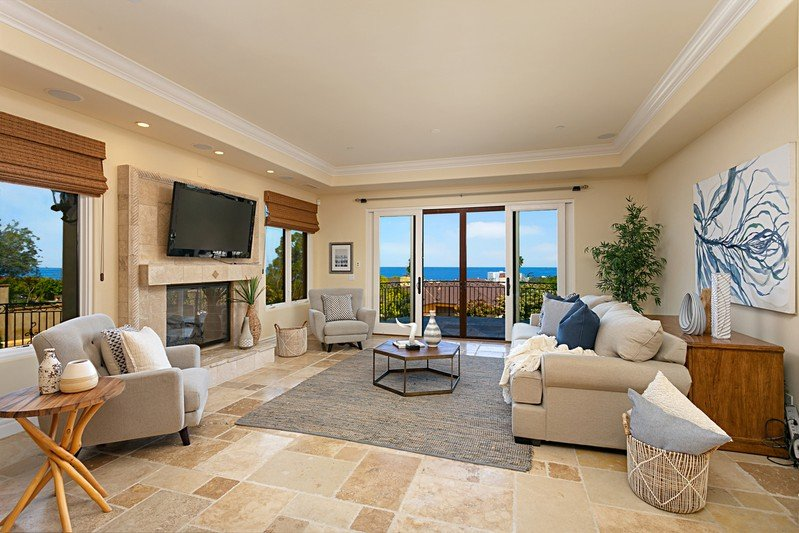 1055 Muirlands Vista Way -  La Jolla, CA 92037