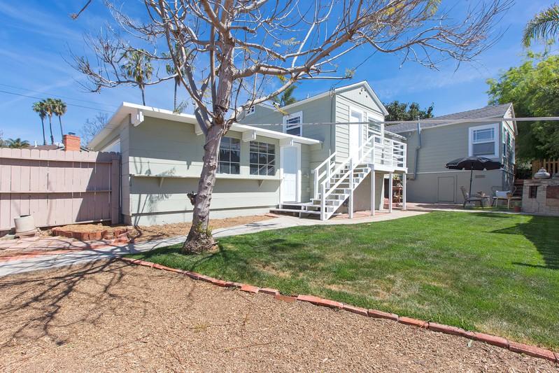 835 Midway Street -  La Jolla, CA 92037