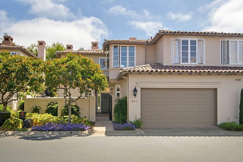 9636 Claiborne Square -  La Jolla, CA 92037