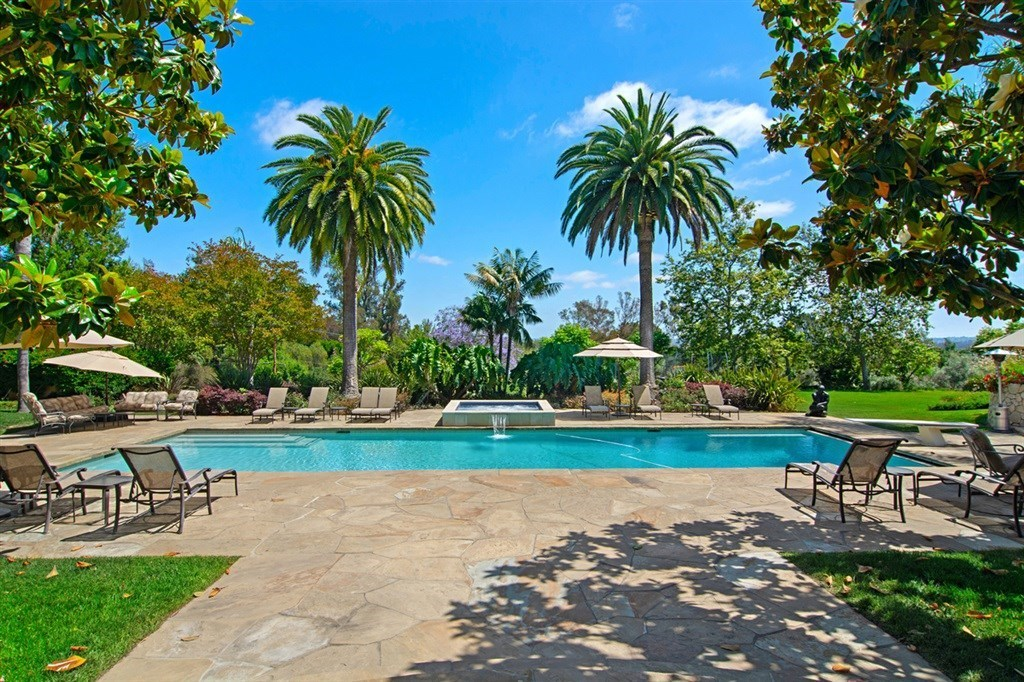 Sold 2019 Laura Represented Buyer -  Rancho Santa Fe, CA 92067