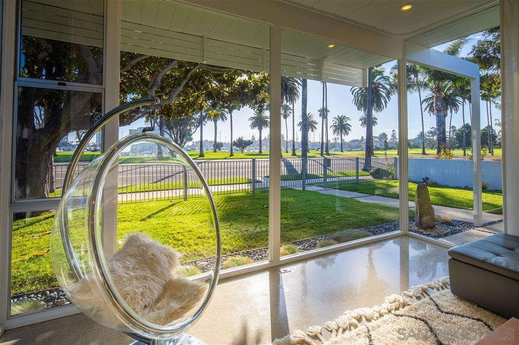 Sold 2019 Laura Represented Buyer -  Coronado, CA 92118