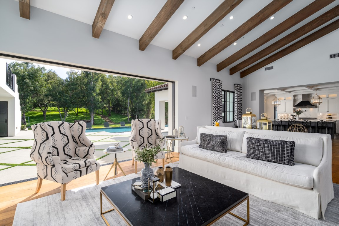 Sold 2020 Laura Represented Seller -  Rancho Santa Fe, CA 92067