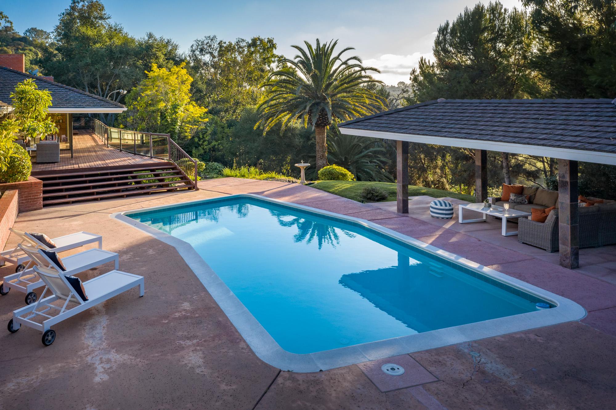 Sold 2020 Laura Represented Seller -  Rancho Santa Fe, CA 92067