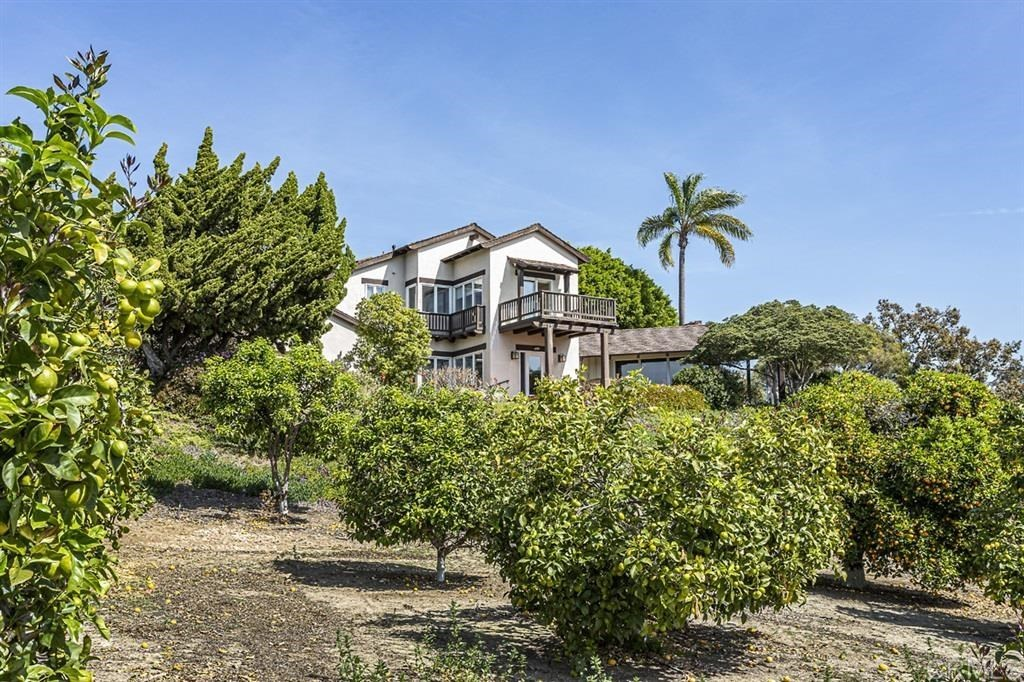 Sold 2020 Laura Represented Buyer -  Rancho Santa Fe, CA 92067