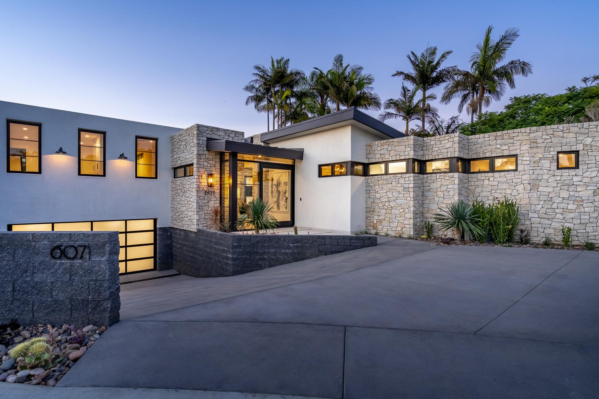 Sold 2020 Laura Represented Seller -  Solana Beach, CA 92075
