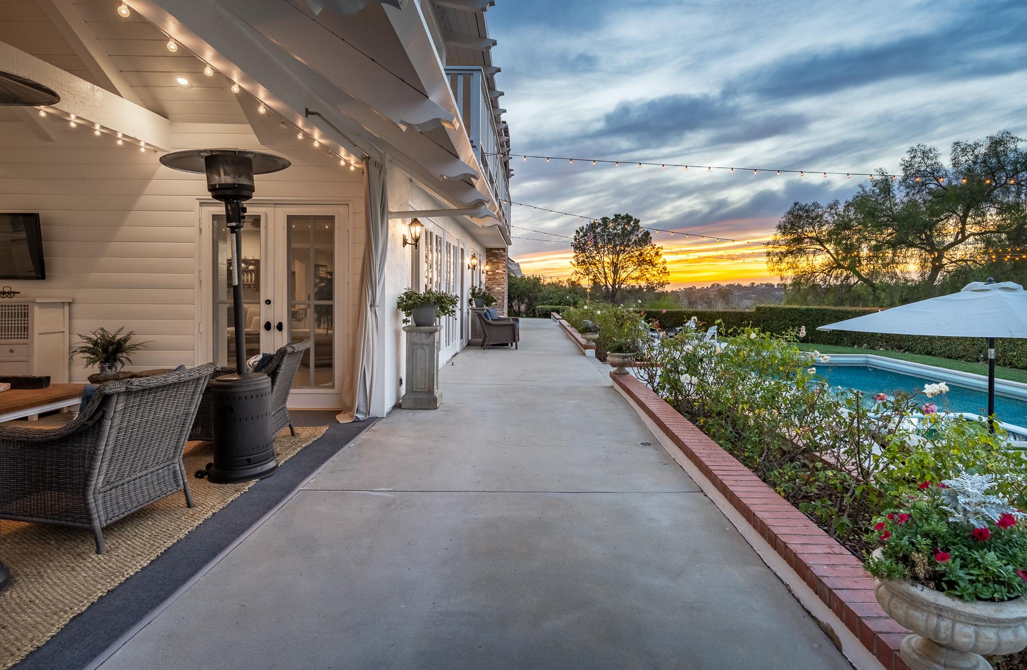 In Escrow | 5720 Lago Lindo -  Rancho Santa Fe, CA 92067