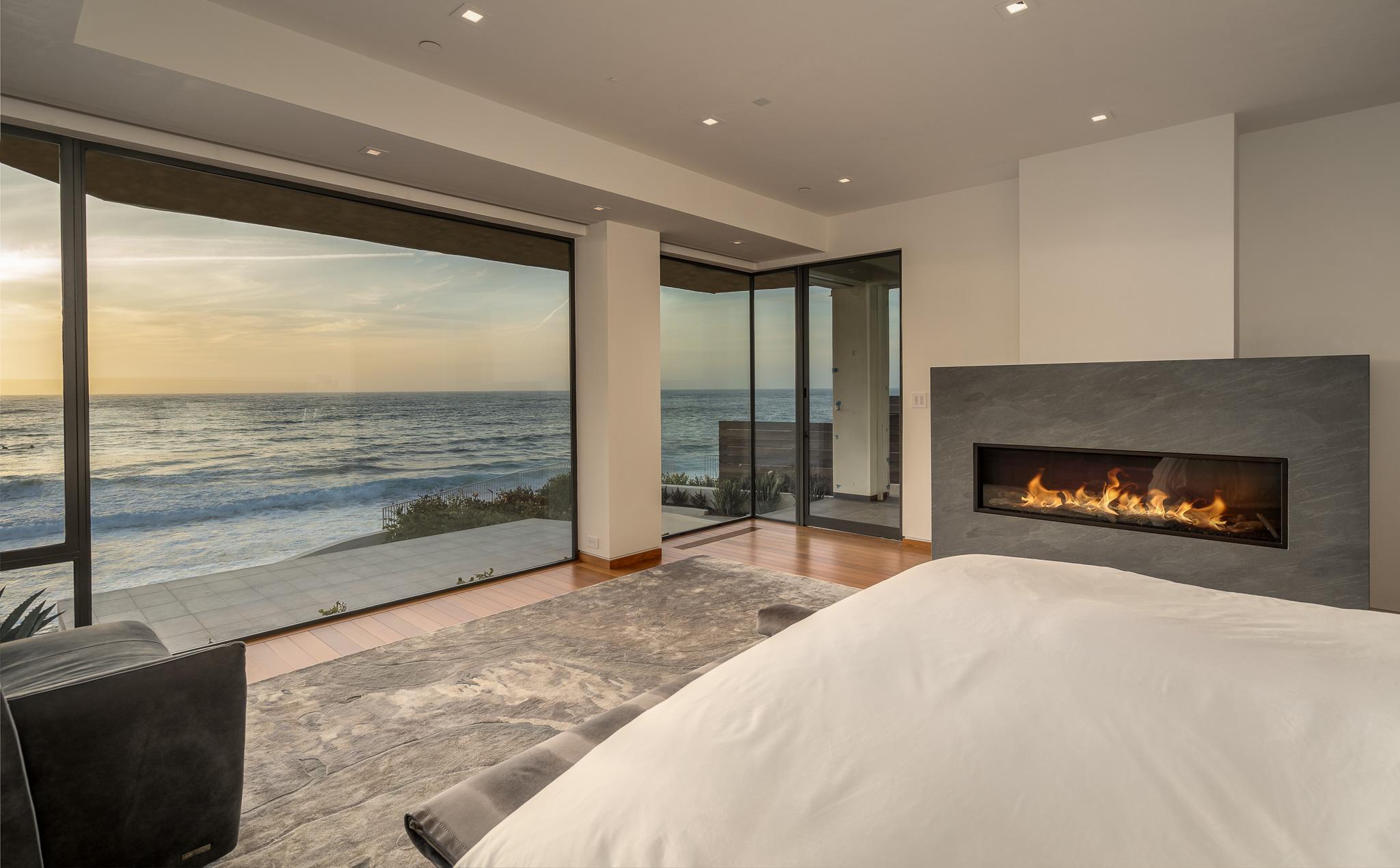 303 Vista De La Playa -  La Jolla, CA 92037
