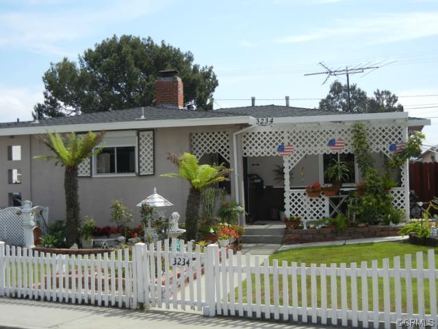 3234 Torrance Boulevard -  Torrance, CA 90503