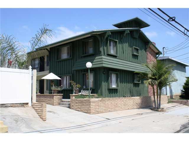 1176 N Cuyamaca St -  El Cajon, CA 92020