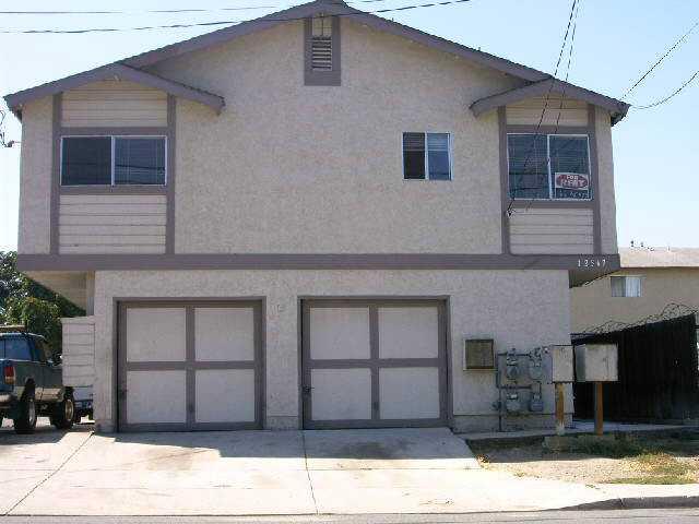 12367 Lakeshore Dr -  Lakeside, CA 92040