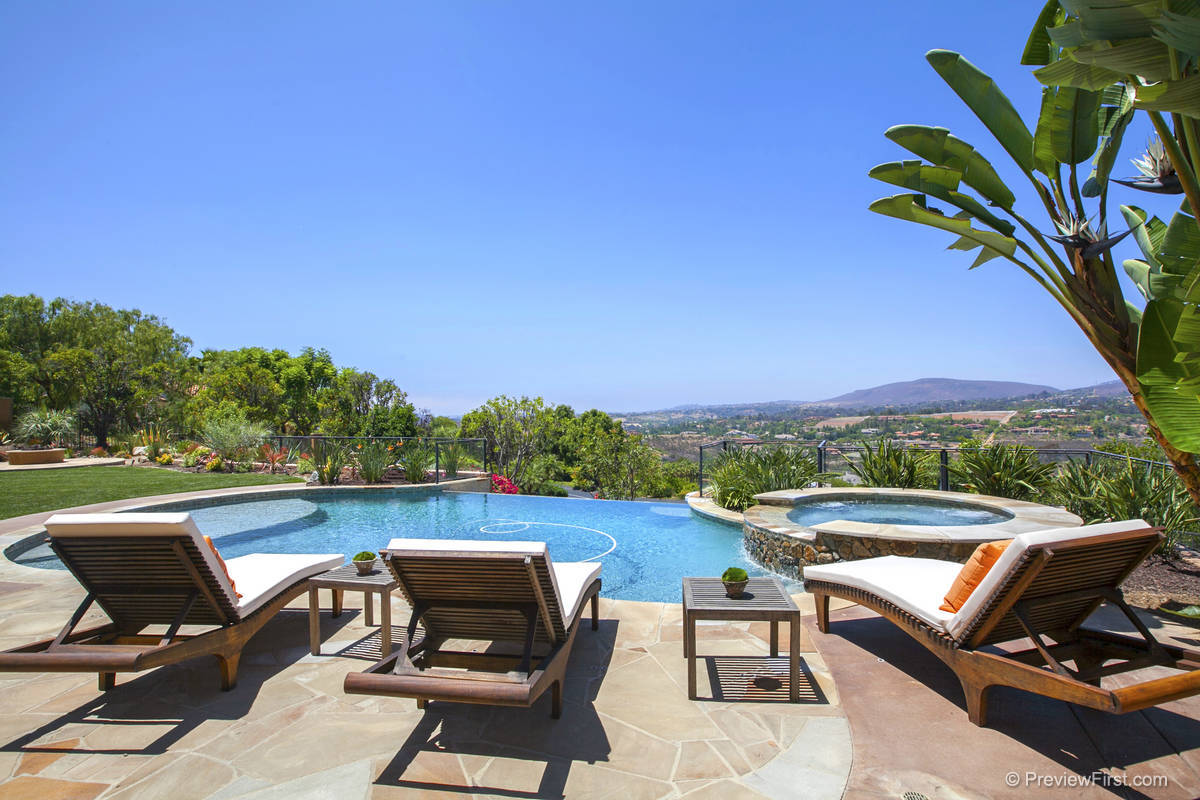 Sold 2015 Represented Seller -  Rancho Santa Fe, CA 92067