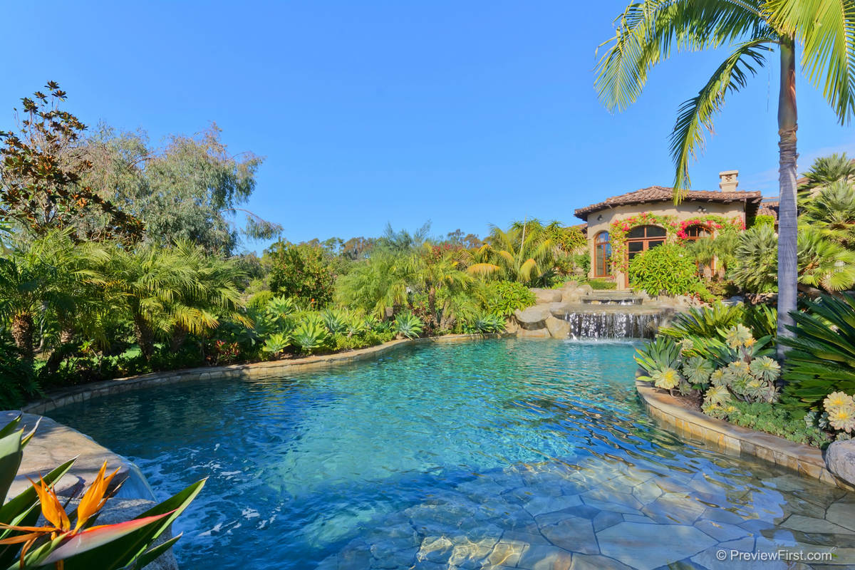 Sold 2015 Represented Buyer & Seller -  Fairbanks Ranch, CA 92067