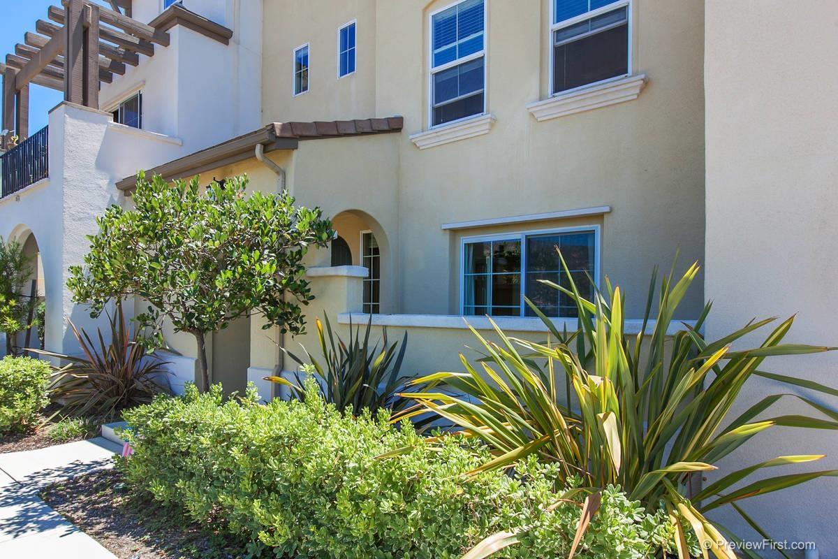 16950 Vasquez Way -  San Diego, CA 92127