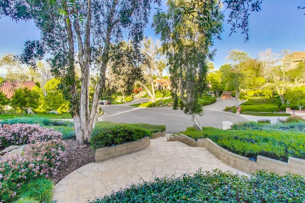 15912 Ranch Hollow Road -  Poway, CA 92064