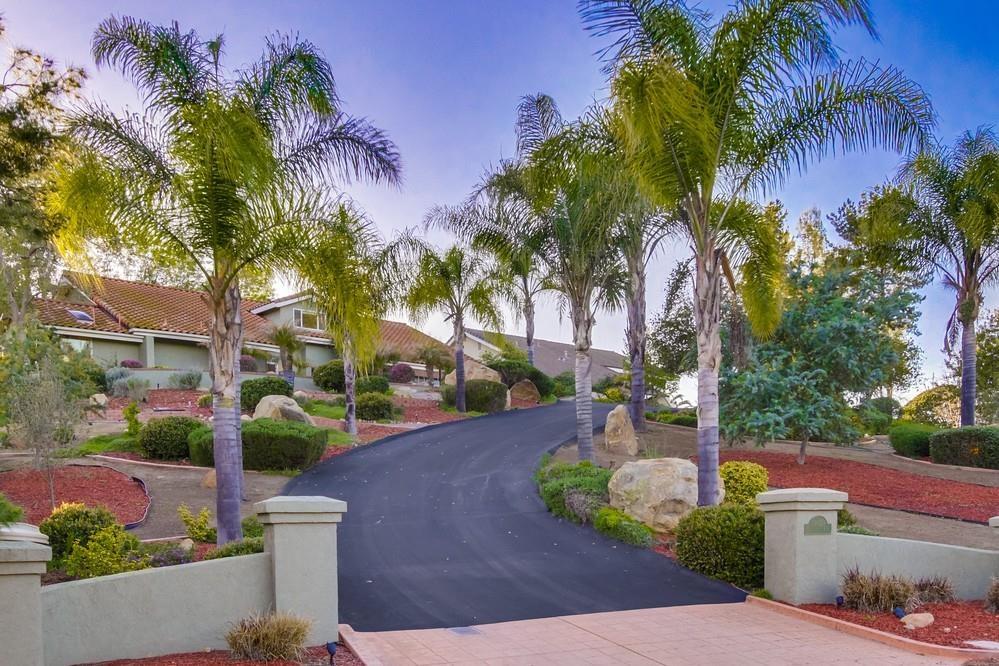 16658 Valle Verde Road -  Poway, CA 92064