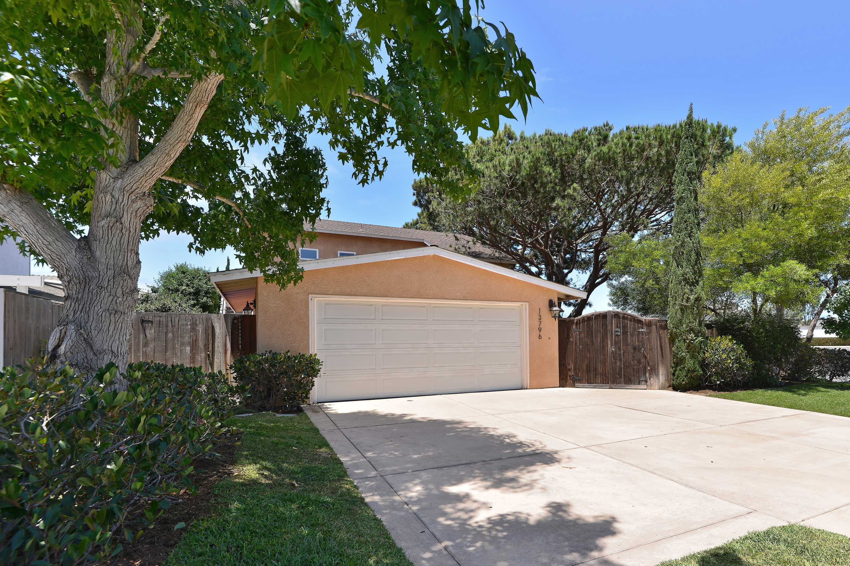 13796 Nogales Drive -  Del Mar, CA 92014