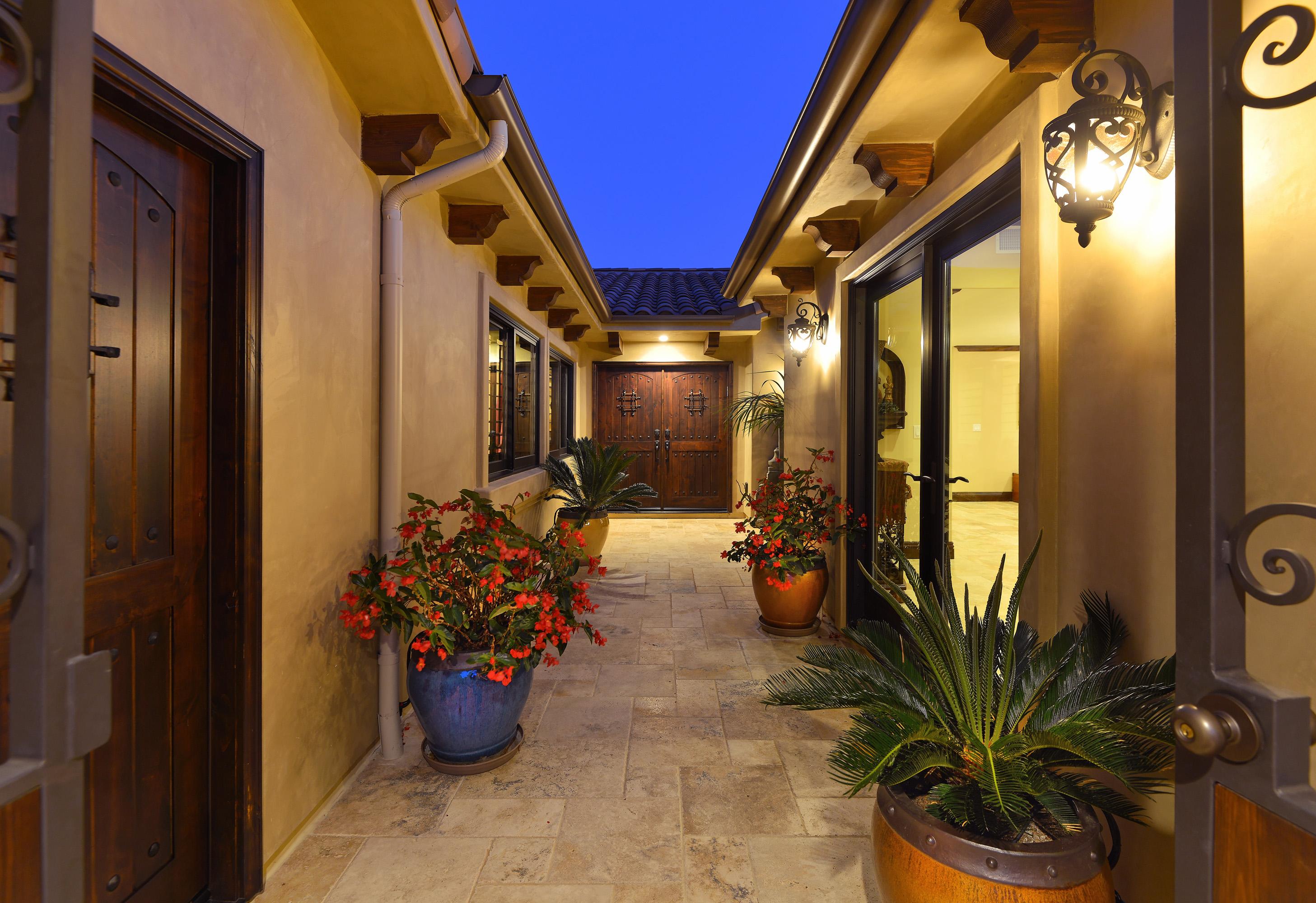 1683 Calle De Primra -  La Jolla, CA 92037