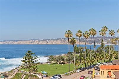 939 Coast Blvd. 8b -  La Jolla, CA 92037