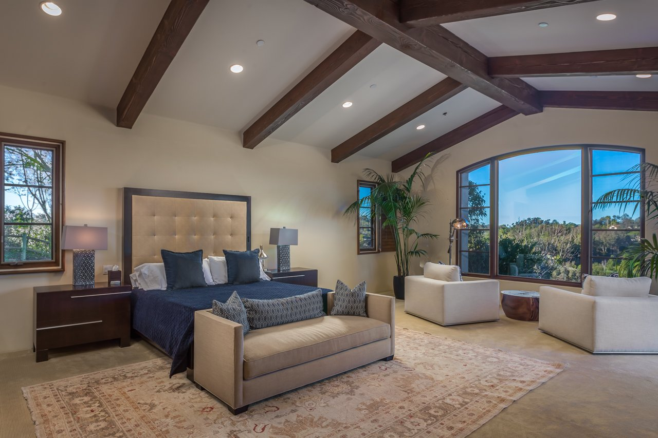 Sold 2018 Laura Represented Seller -  Rancho Santa Fe, CA 92067