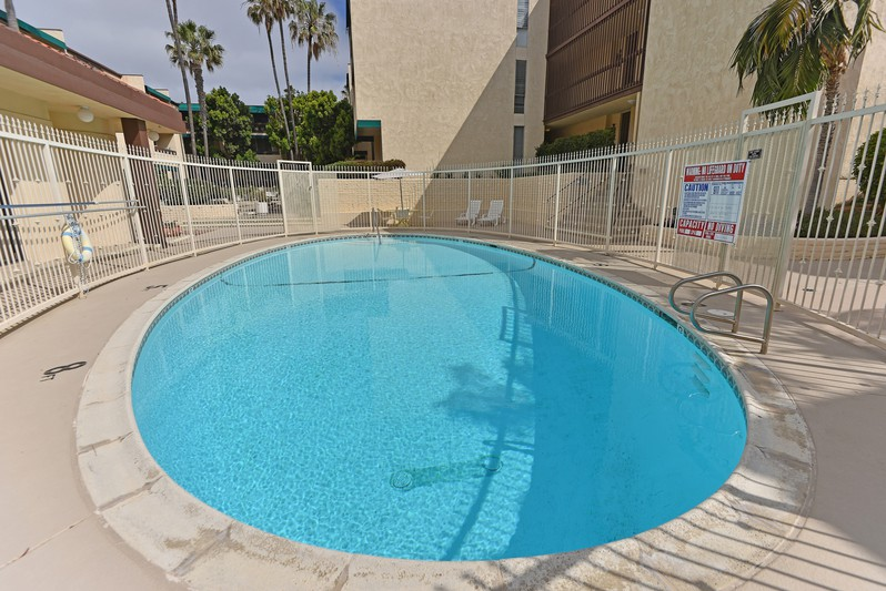 6455 La Jolla Blvd. 323 -  La Jolla, Ca 92037