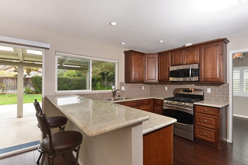 5209 Soledad Mountain Road -  San Diego, Ca 92109