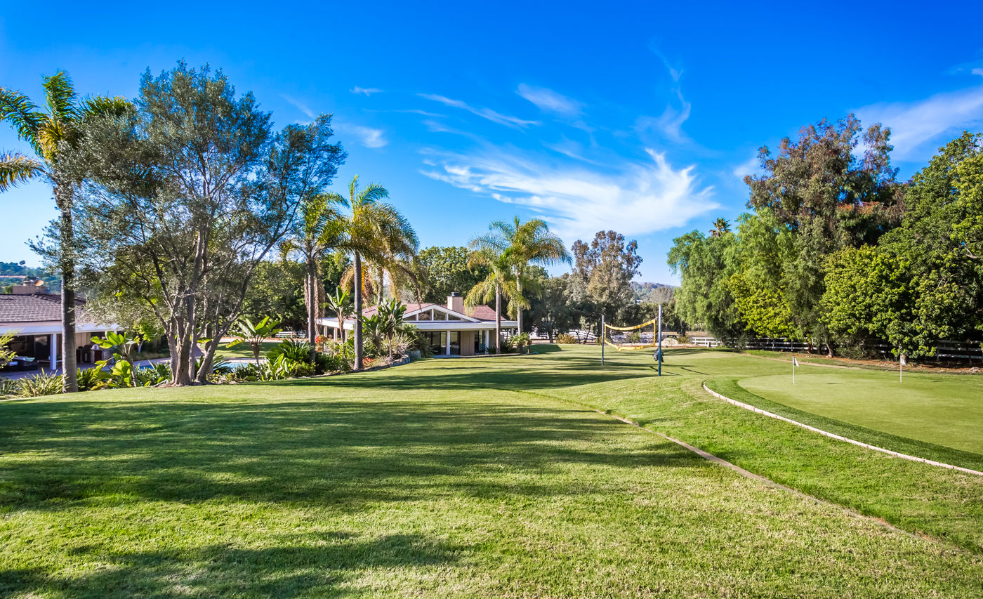 Sold 2017 Laura Represented Seller -  Rancho Santa Fe, CA 92067
