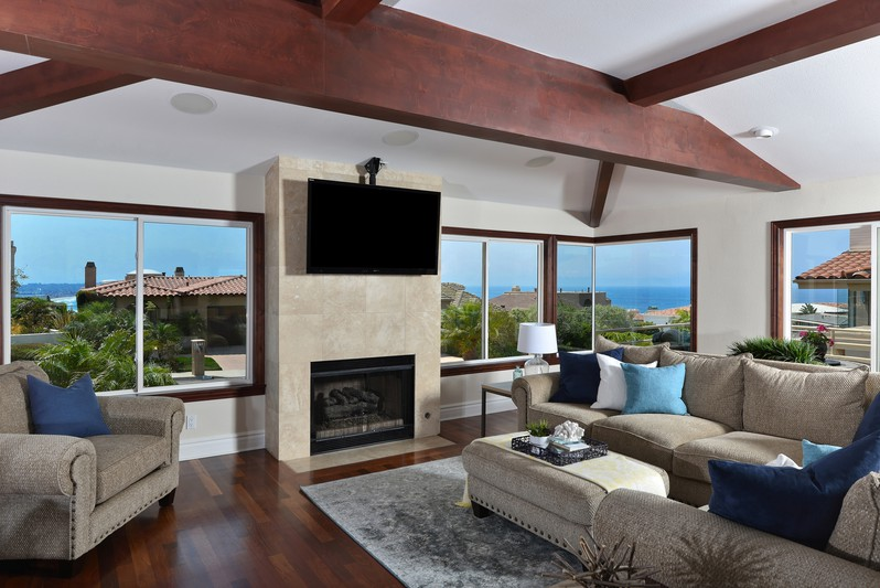 Customgroups - La Jolla Real Estate by Maxine and Marti Gellens