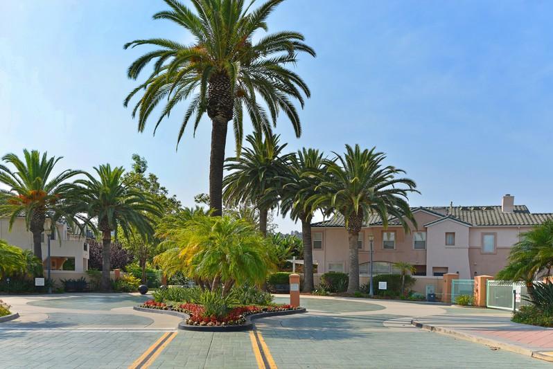 7577 Hazard Center Drive -  San Diego, CA 92108