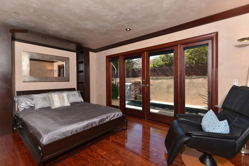 5316 Calumet Avenue -  La Jolla, Ca 92037