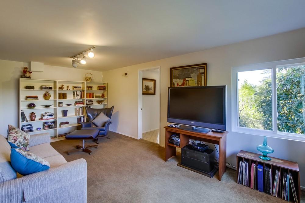 12935 Via Del Toro -  Poway, CA 92064