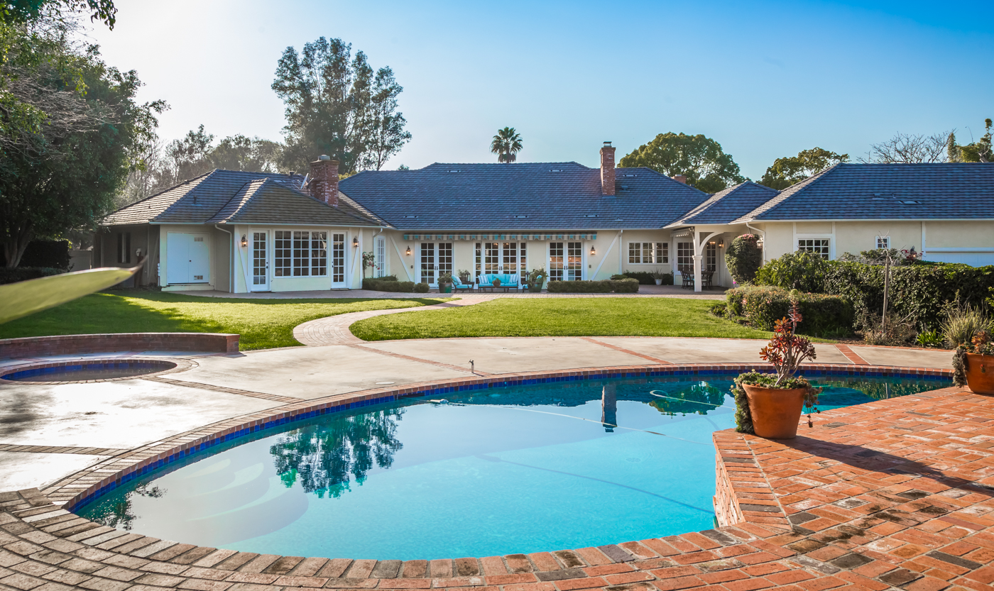 Sold 2017 Laura Represented Seller -  Rancho Santa Fe, CA 92067