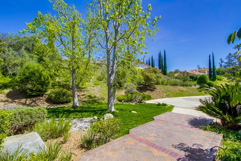 13338 Starmount Way -  Poway, CA 92064