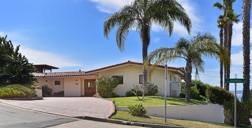 1101 Avenida Amantea -  La Jolla, Ca 92037