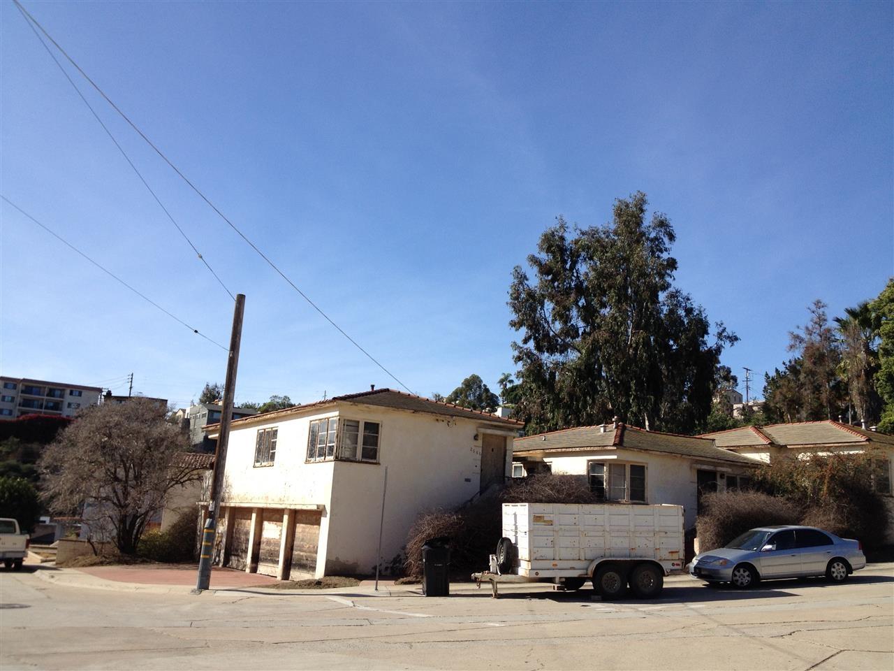 2666-2670 Dove St. -  San Diego, CA 92103